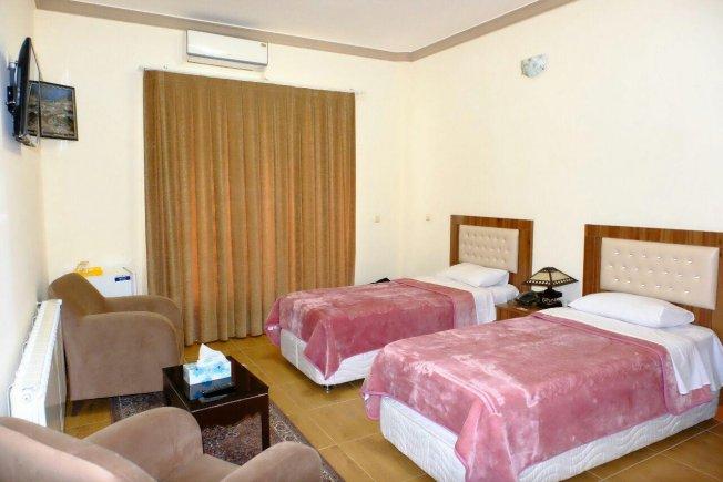اتاق دو تخته هتل تارا مهاباد