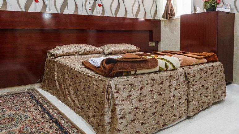 هتل آپارتمان قصر آینه اتاق دو تخته فولبرد 2