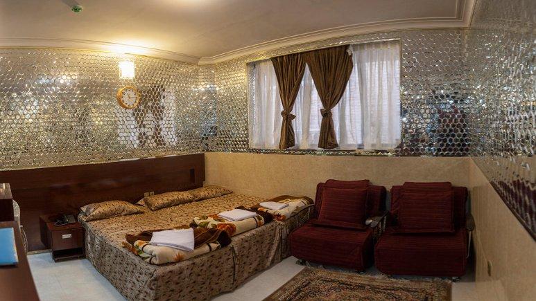 هتل آپارتمان قصر آینه اتاق سه تخته فولبرد 1