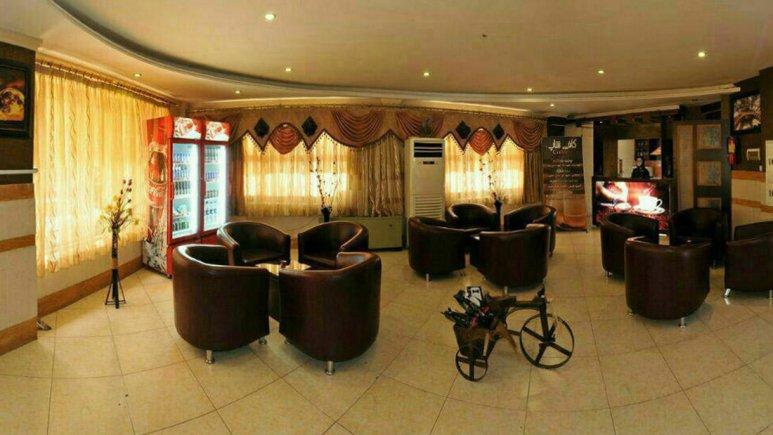 هتل آپارتمان پاویون مشهد کافی شاپ