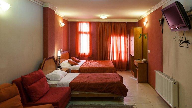 اتاق سه تخته  هتل پارتیکان