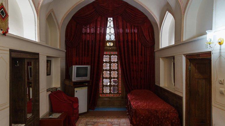 هتل سنتی اصفهان اتاق یک تخته