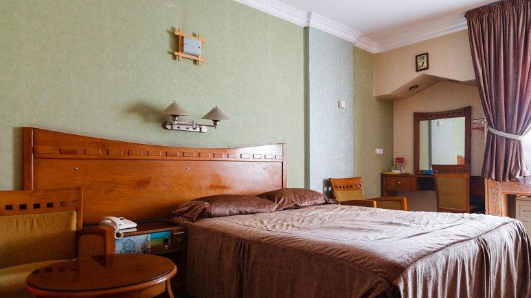 هتل آزادی اصفهان سوئیت دو تخته 1