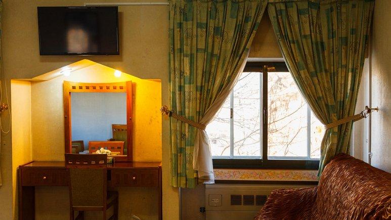 هتل آزادی اصفهان سوئیت دو تخته 3