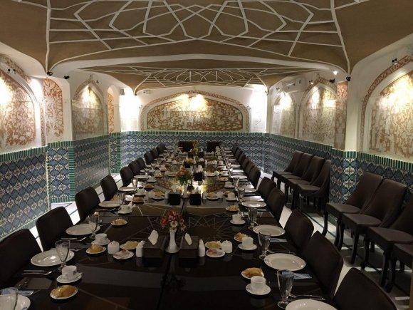 هتل فاضلی یزد رستوران 1