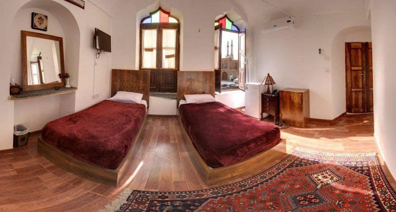 هتل فاضلی یزد اتاق دو تخته تویین