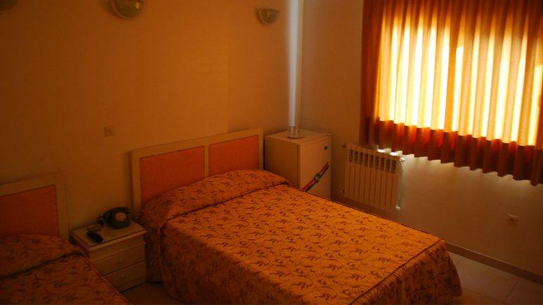 اتاق سه تخته هتل کارون