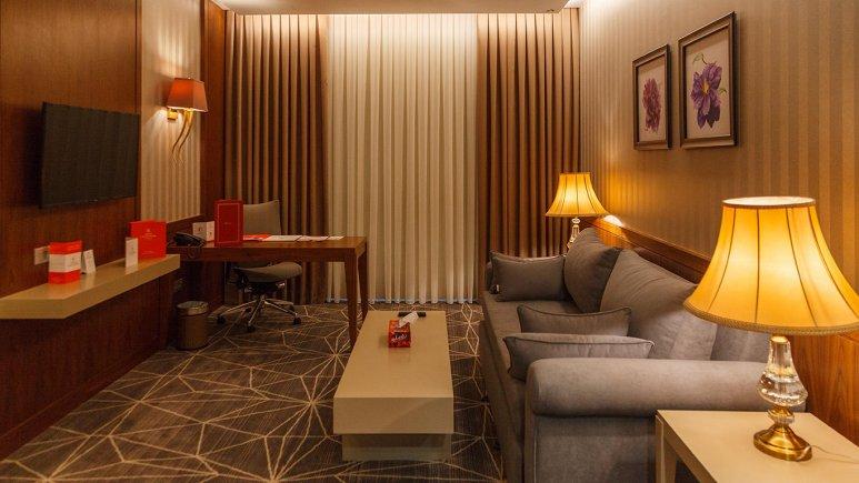 هتل کایا لاله پارک تبریز سوئیت یک خوابه دو تخته اکسکیوتیو 1
