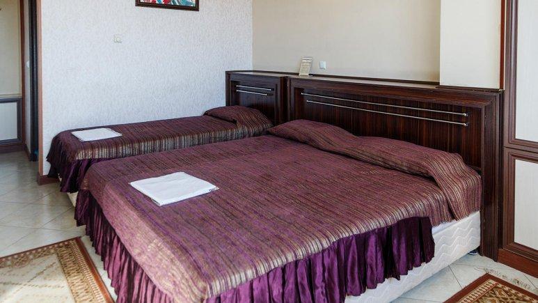 هتل ماهان اصفهان اتاق سه تخته 1