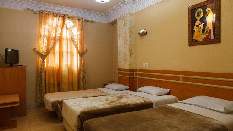 اتاق سه تخته هتل سپاهان اصفهان