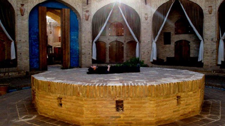 کاروانسرای زین الدین مهریز یزد فضای داخلی 4