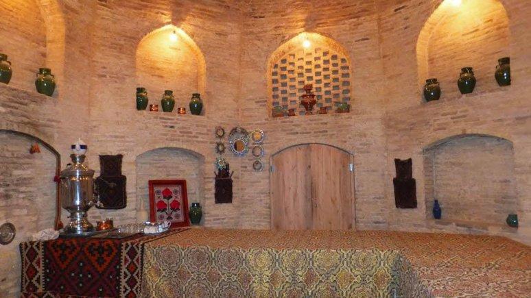 کاروانسرای زین الدین مهریز یزد فضای داخلی 2