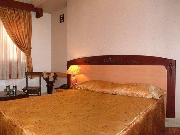 هتل پارمیدا مشهد اتاق دوتخته فولبرد