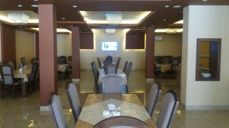 هتل هزار کرمان رستوران 1