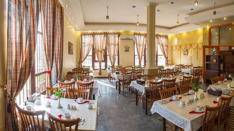 هتل فولتون قشم رستوران 1