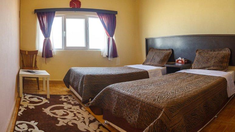 هتل فولتون قشم اتاق دو تخته تویین 2