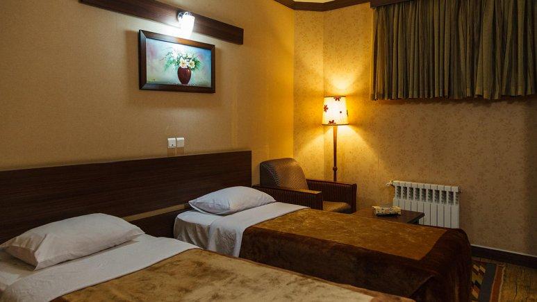 هتل شیخ بهایی اصفهان اتاق دو تخته تویین 1