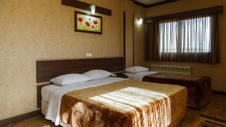 هتل شیخ بهایی اصفهان اتاق سه تخته 1