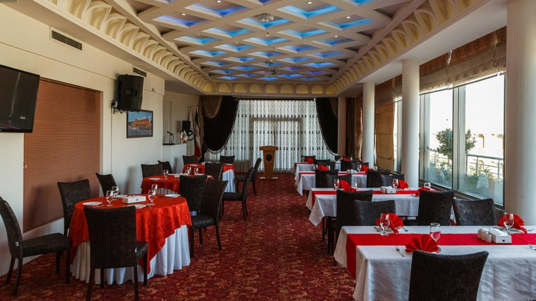هتل سفیر اصفهان رستوران 1