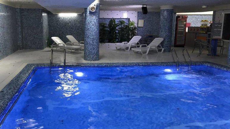 هتل سفیر اصفهان استخر 1
