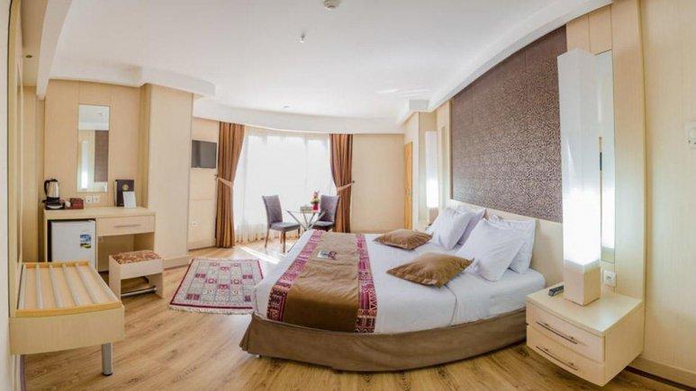 هتل سفیر اصفهان اتاق دو تخته دابل 7