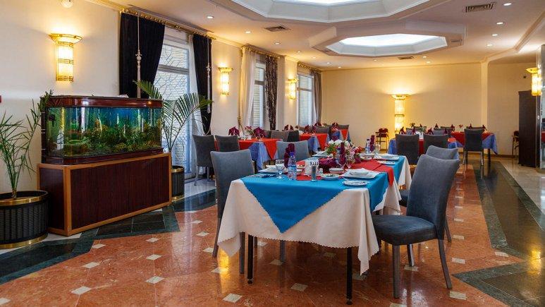 هتل قصر الضیافه مشهد رستوران 2