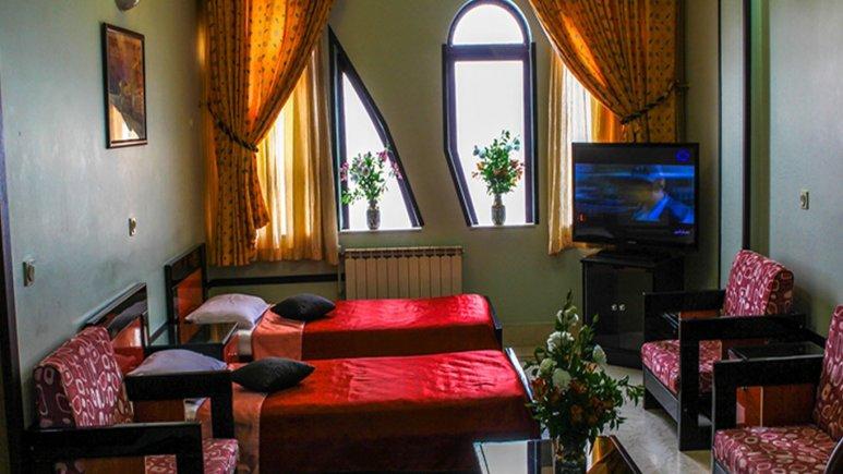 اتاق دو تخته تویین هتل هشت بهشت