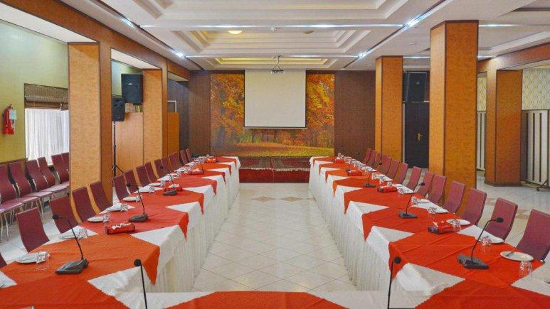 هتل پارک سعدی شیراز سالن کنفرانس