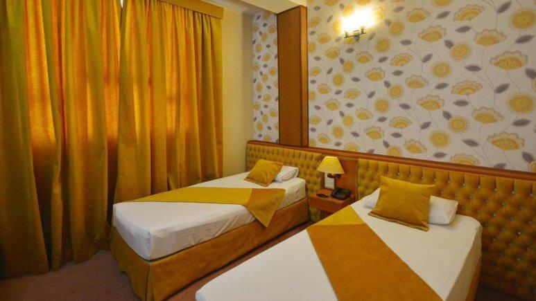 هتل پارک سعدی شیراز اتاق دو تخته تویین