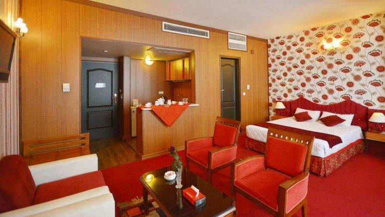 هتل پارک سعدی شیراز سوئیت سه تخته استودیو 3