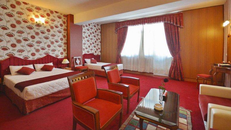 هتل پارک سعدی شیراز سوئیت سه تخته استودیو 1