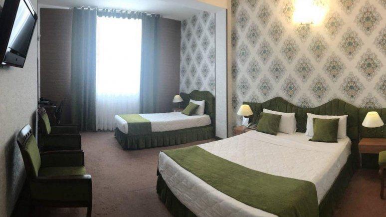 هتل پارک سعدی شیراز اتاق سه تخته 2