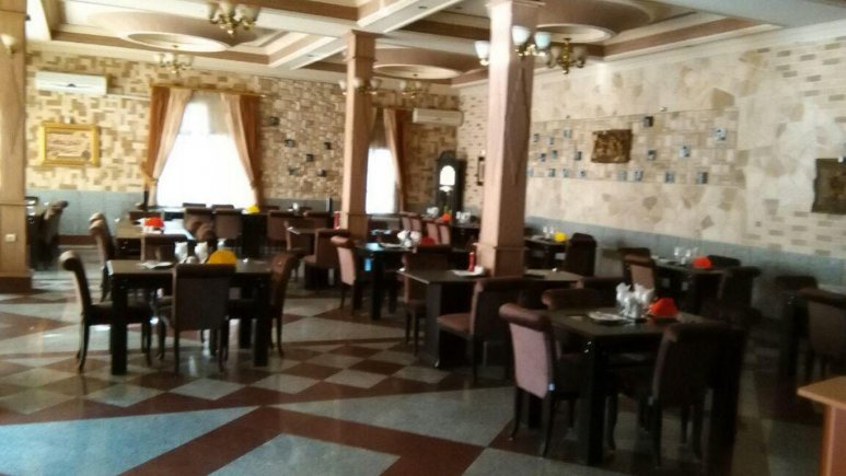 هتل عطر خرم آباد رستوران