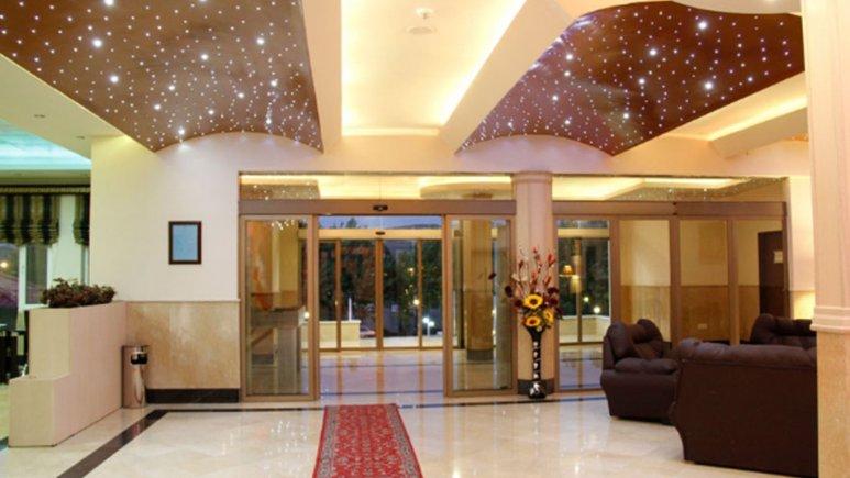 لابی هتل زاگرس خوانسار