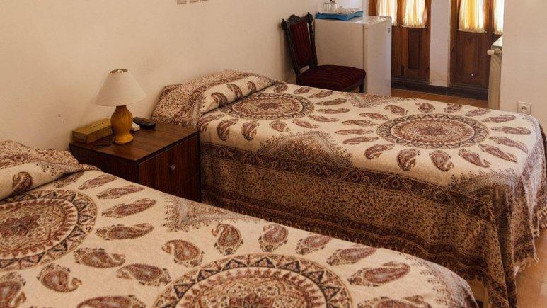 هتل طلوع خورشید اصفهان اتاق دو تخته تویین 2