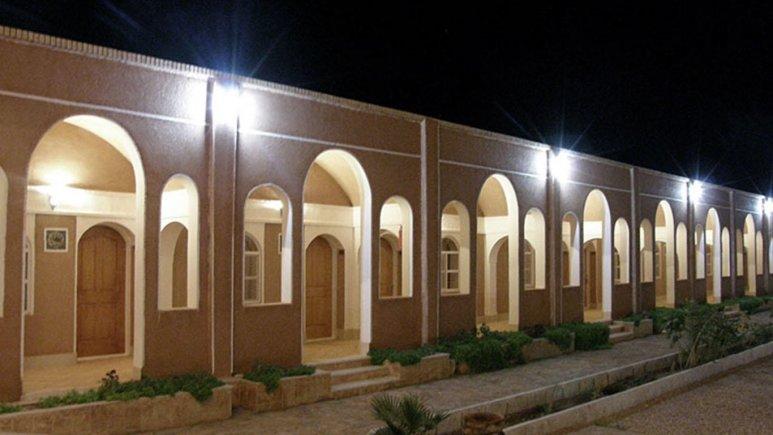 رزرو هتل در استان اصفهان | هتل بالی خوروبیابانک